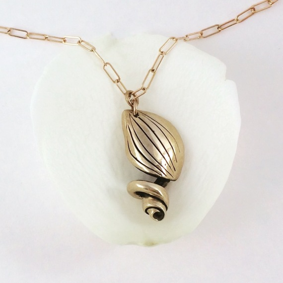 Shade Metals, Seedling Necklace